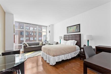 0 Bed at 120 Riverside Blvd Unit 9F
