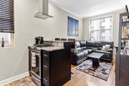 1 Bed at 120 Riverside Blvd Unit 7F