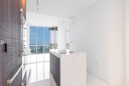 1 Bed at 120 Riverside Blvd Unit 4006