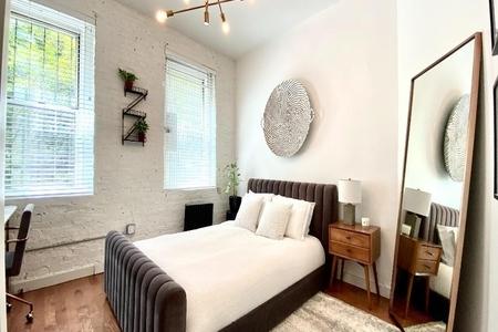 1 Bed at 120 Riverside Blvd Unit 3