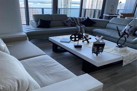 3 Bed at 120 Riverside Blvd Unit 3805