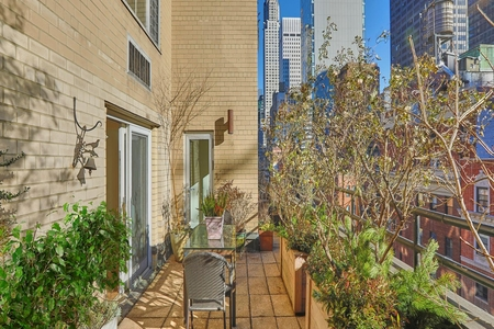 1 Bed at 120 Riverside Blvd Unit 14F