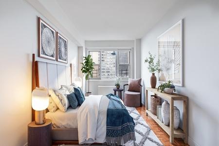 1 Bed at 120 Riverside Blvd Unit 11D