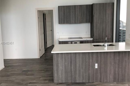 2 Bed at 120 Riverside Blvd Unit 4905