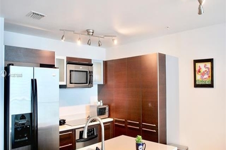 1 Bed at 120 Riverside Blvd Unit 3406