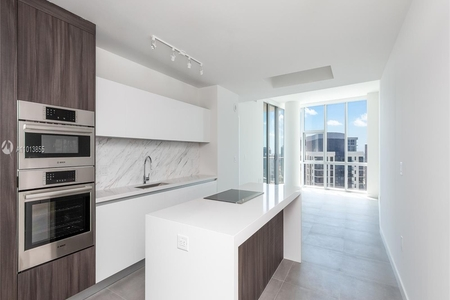 3 Bed at 120 Riverside Blvd Unit 4011