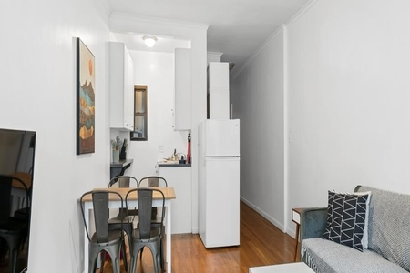 1 Bed at 120 Riverside Blvd Unit 2D