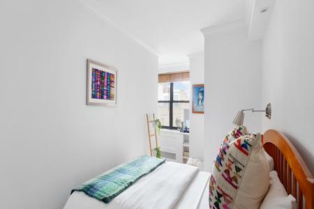 1 Bed at 120 Riverside Blvd Unit 910