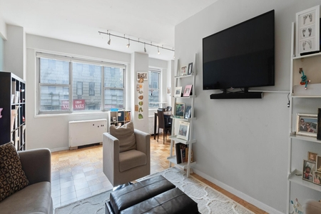 2 Bed at 120 Riverside Blvd Unit 3D