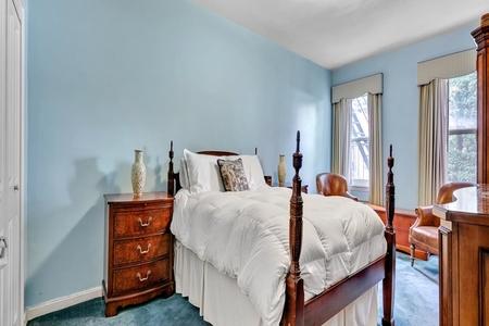 1 Bed at 120 Riverside Blvd Unit 4A