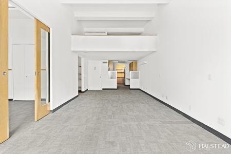 1 Bed at 120 Riverside Blvd Unit 9A
