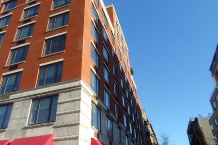 2 Bed at 120 Riverside Blvd Unit 2C