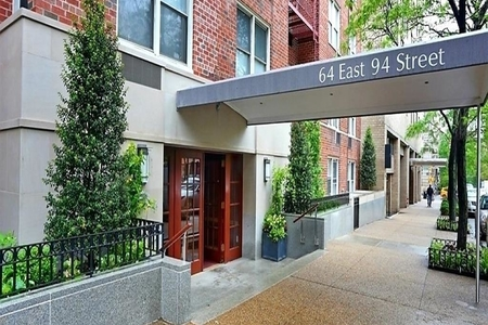 1 Bed at 120 Riverside Blvd Unit 3G