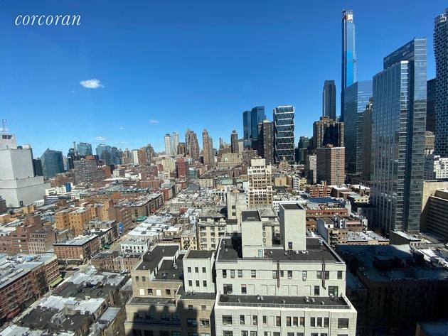 5611, New York, NY, 10019 - Photo 1