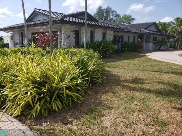 3551, Hialeah, FL, 33015 - Photo 1