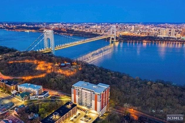 10000000, Fort Lee, NJ, 07024 - Photo 1