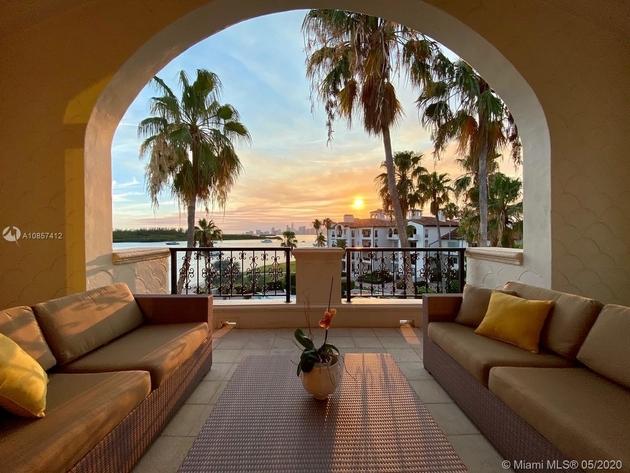 6262, Miami Beach, FL, 33109 - Photo 1