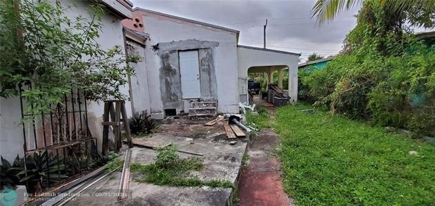 1151, Miami, FL, 33142 - Photo 1
