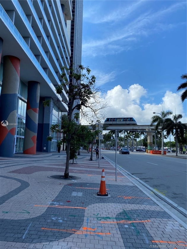 1414, Miami, FL, 33132 - Photo 2