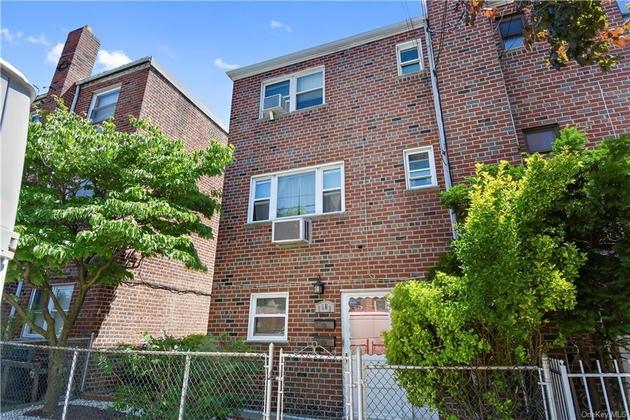 2783, Bronx, NY, 10469 - Photo 1