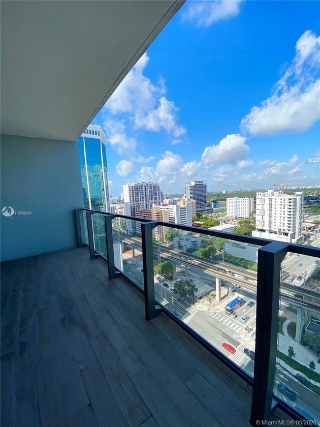 4590, Miami, FL, 33130 - Photo 2