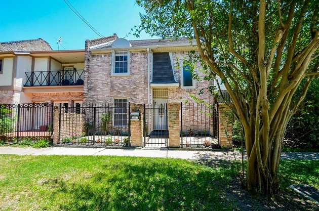 1870, Houston, TX, 77006 - Photo 1