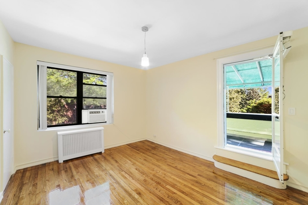 2435, Queens, NY, 11370 - Photo 1