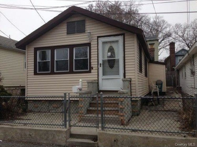 290, Bronx, NY, 10465 - Photo 1