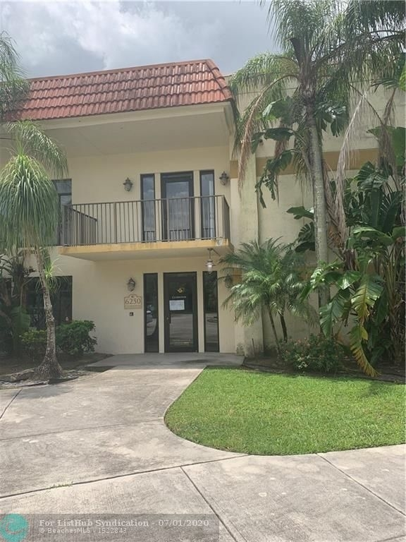 815, Davie, FL, 33314 - Photo 2