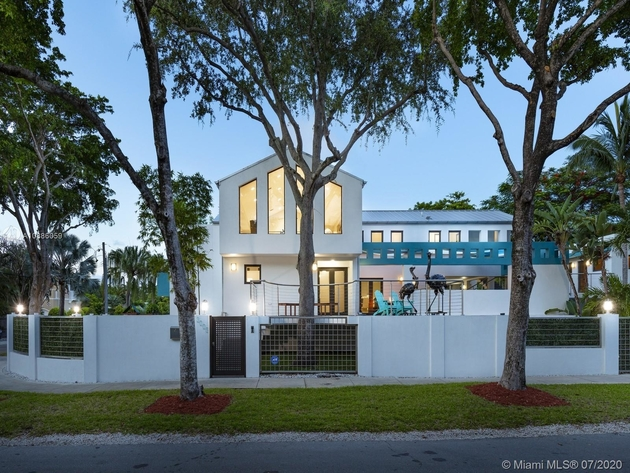 10320, Miami, FL, 33133 - Photo 2