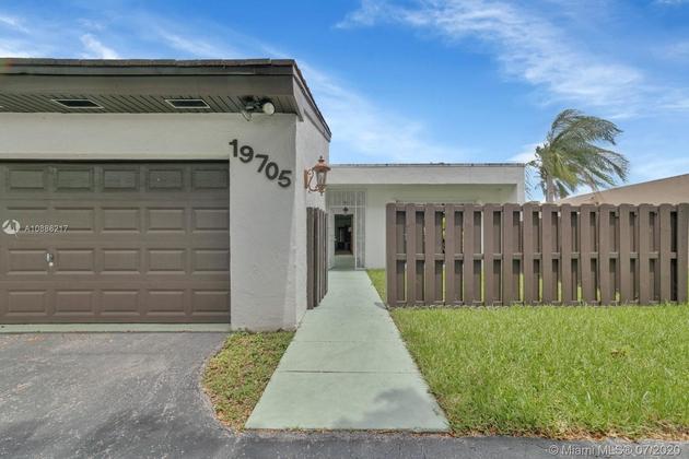 1379, Hialeah, FL, 33015 - Photo 2