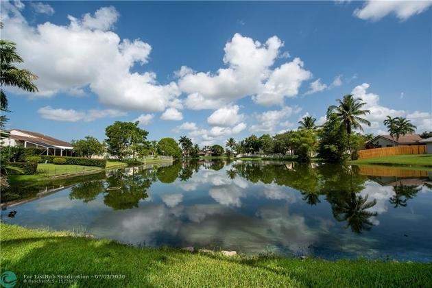 1998, Davie, FL, 33325 - Photo 2