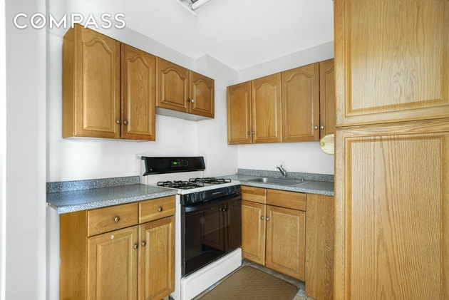 2406, Queens, NY, 11372 - Photo 2