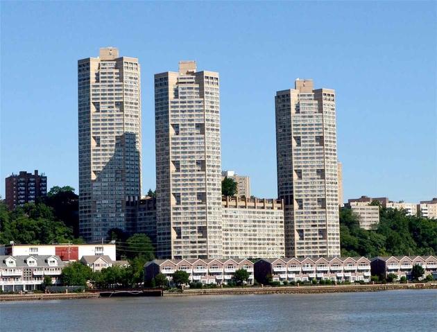 1315, Guttenberg, NJ, 07093 - Photo 1