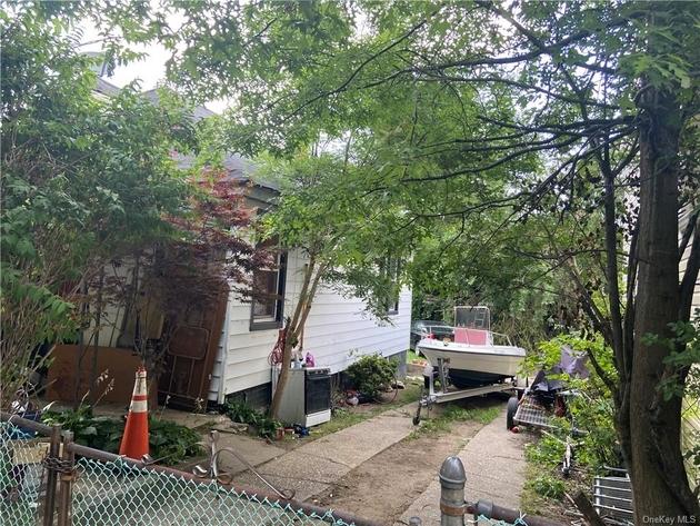 24241, Bronx, NY, 10469 - Photo 2