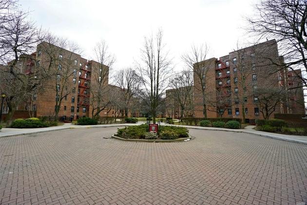 1158, Kew Garden Hills, NY, 11415 - Photo 2