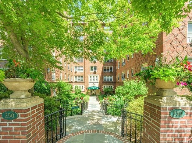 2504, Yonkers, NY, 10580 - Photo 1