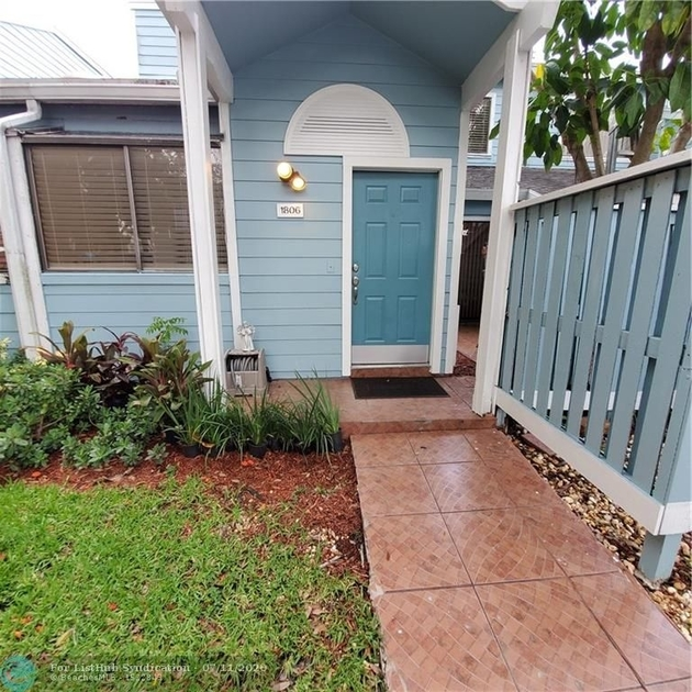 1142, North Lauderdale, FL, 33068 - Photo 2