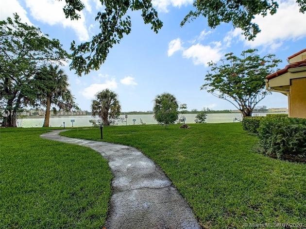 775, Miami Lakes, FL, 33014 - Photo 2