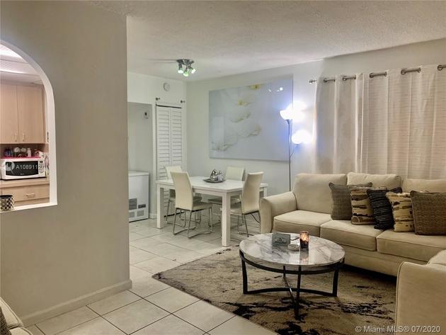 766, Miami Beach, FL, 33139 - Photo 2
