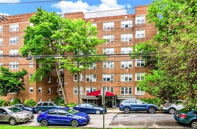 854, Bronx, NY, 10470 - Photo 1