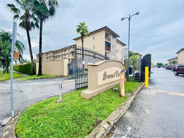 929, Hialeah Gardens, FL, 33018 - Photo 1