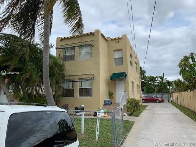 2009, Miami, FL, 33125 - Photo 1