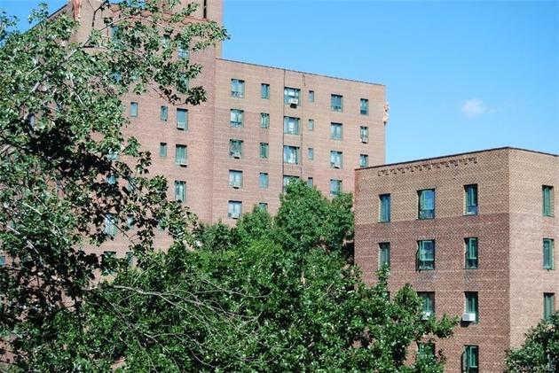 799, Bronx, NY, 10462 - Photo 1