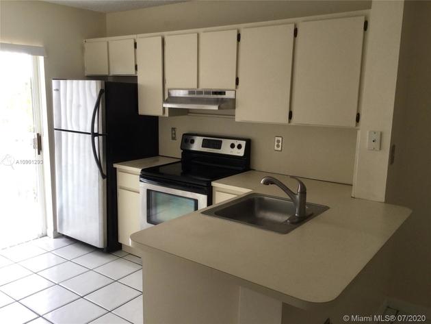 961, Miami, FL, 33133 - Photo 2