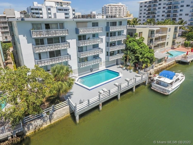 1602, Miami Beach, FL, 33139 - Photo 2