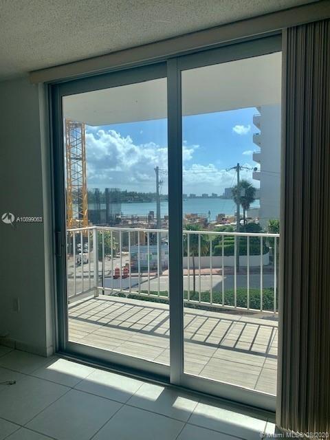 946, Miami Beach, FL, 33141 - Photo 1