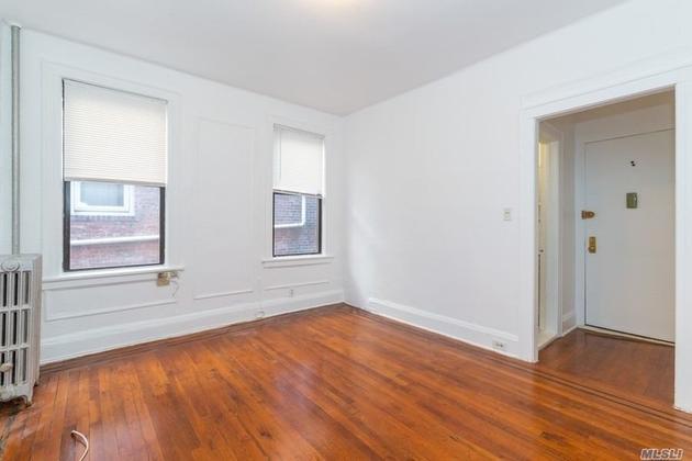 10000000, Sunnyside, NY, 11104 - Photo 2
