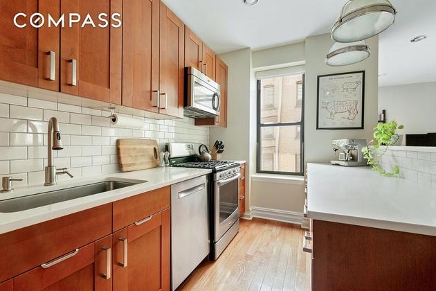 5273, Brooklyn, NY, 11238 - Photo 2