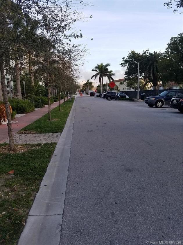 10000000, Miami Beach, FL, 33141 - Photo 1